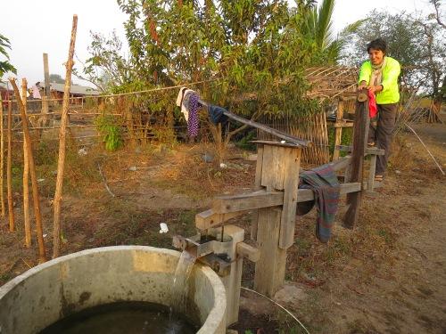 Esta, en concreto, unifica la extracción de agua con ejercicios elípticos matutinos.
