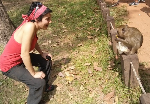 Mono camboyano después de robarme los plátanos.