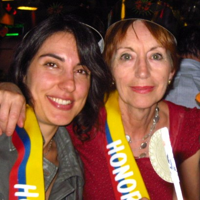 En nuestra primera rumba colombiana mi mami y yo acabamos de misses del país
