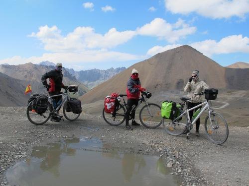 Kirguistán, 2011
